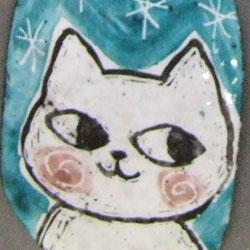 猫のブローチ